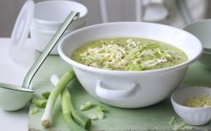 Сырный суп из картофеля и кабачков